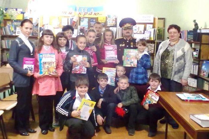 В Мариуполе школьников познакомили с современным казаком (ФОТО), фото-1