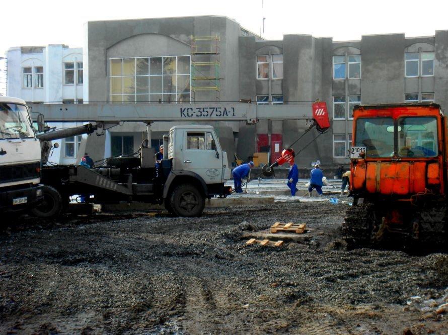 В Кривом Роге не успели отремонтировать театр в срок: работа все еще кипит (ФОТО), фото-5