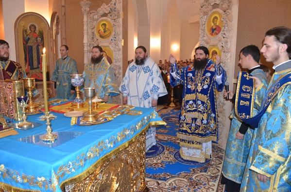 На праздник Покрова в Кривом Роге освятили новый собор (ФОТО), фото-5