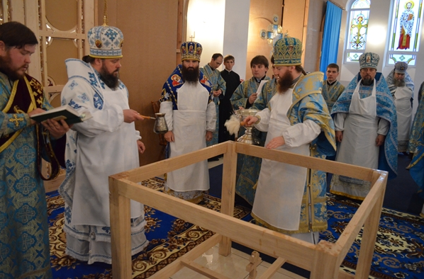 На праздник Покрова в Кривом Роге освятили новый собор (ФОТО), фото-9