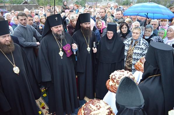 На праздник Покрова в Кривом Роге освятили новый собор (ФОТО), фото-10