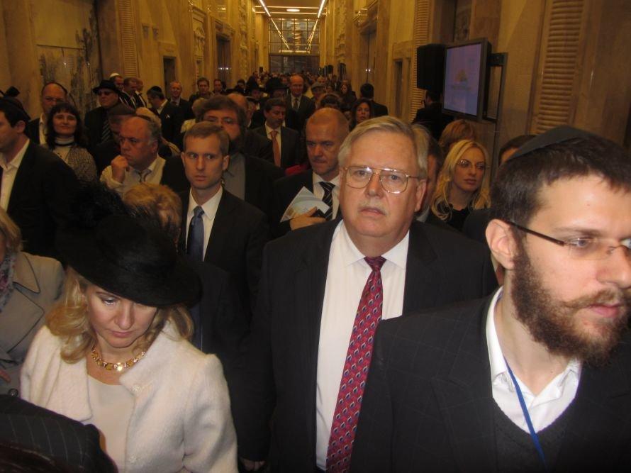 «Менору» в Днепропетровске открывали политики, олигархи и религиозные лидеры еврейского народа (ФОТОРЕПОРТАЖ), фото-8