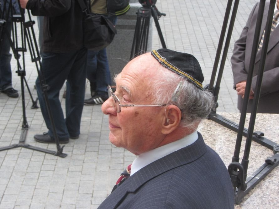 «Менору» в Днепропетровске открывали политики, олигархи и религиозные лидеры еврейского народа (ФОТОРЕПОРТАЖ), фото-2