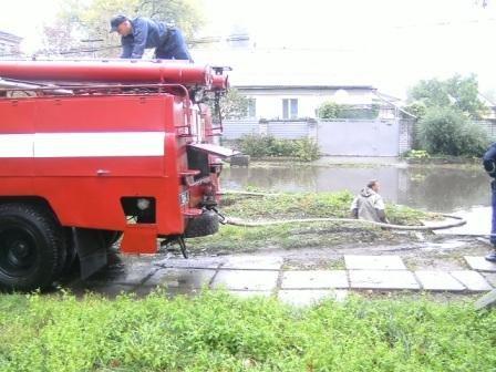 Светловодск Кировоградской области все еще плавает после потопа, фото-1