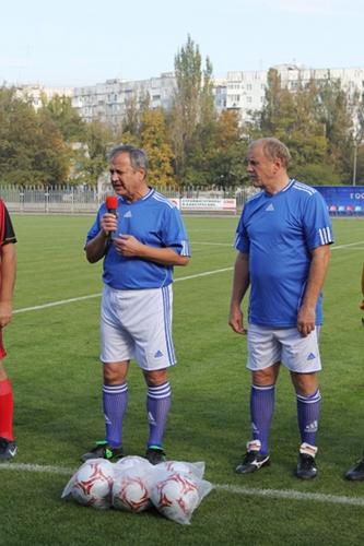 Матч в поддержку спорта между Мариупольским горсоветом и Першотравневым районом, фото-1