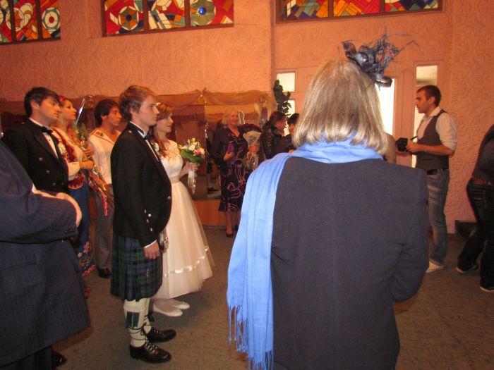 В мариупольском дворце бракосочетания сегодня изучали особенности национального шотландского костюма (ФОТО), фото-2