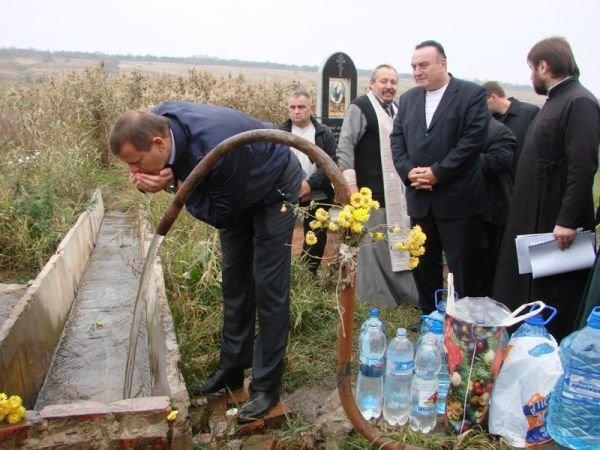 Сергей Клюев посетил целебный источник Августовской Божьей Матери, фото-5