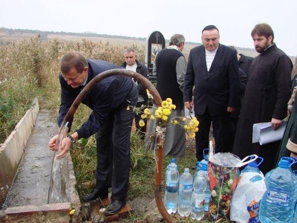 Сергей Клюев посетил целебный источник Августовской Божьей Матери, фото-4