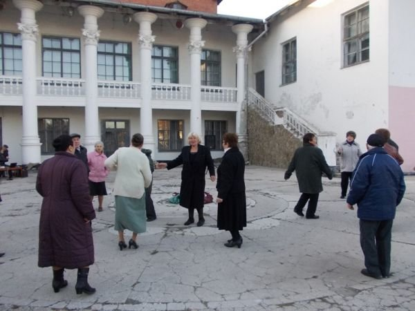 В Артемовске годовщину освобождения Украины от немецко-фашистских захватчиков отмечали песнями и танцами, фото-6