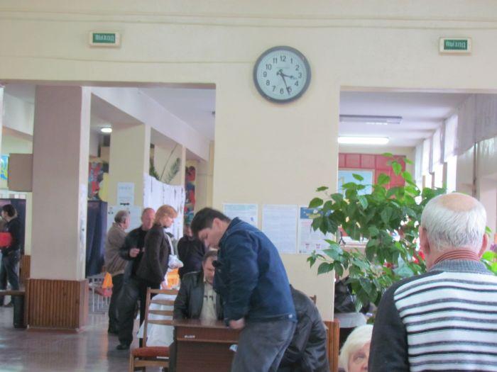 В Мариуполе на 12.00 проголосовало 25% избирателей, фото-5