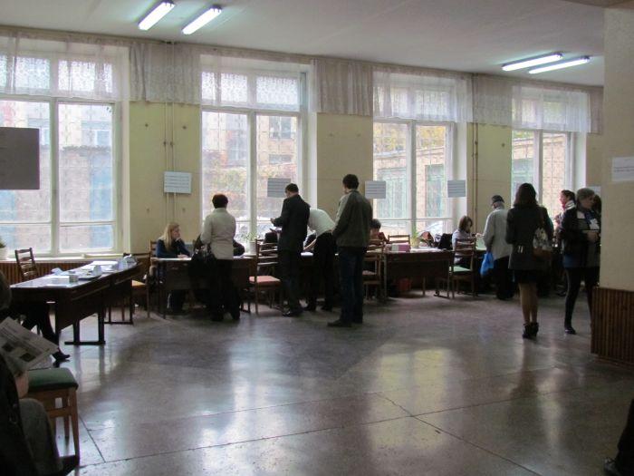 В Мариуполе на 12.00 проголосовало 25% избирателей, фото-4