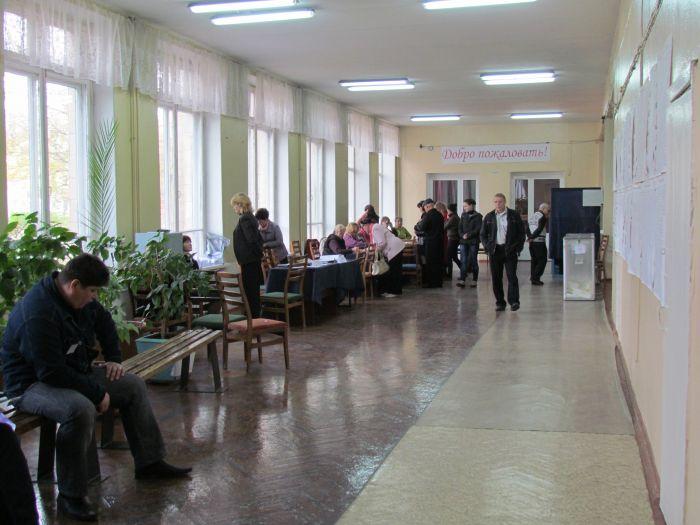 В Мариуполе на 12.00 проголосовало 25% избирателей, фото-1