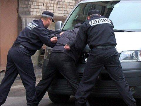 Мариупольская милиция за несколько дней разыскала тех, кто давно скрывался  , фото-1
