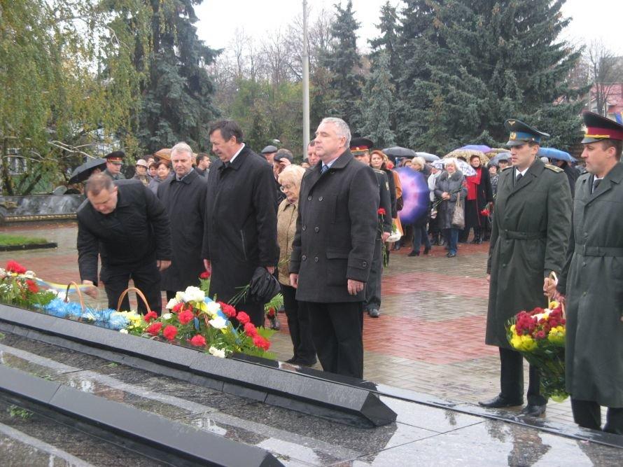 Сумы отметили День освобождения от фашистско-немецких захватчиков, фото-1