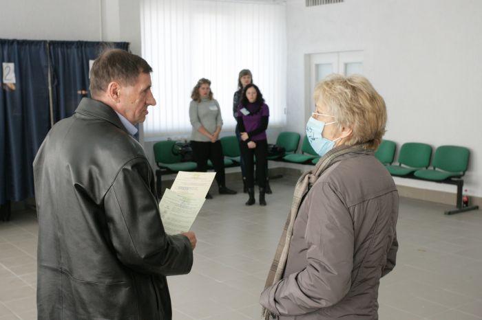 """Выборы-2012 в Мариуполе. """"Карусели"""", давление на избиркомы, Бойко и противогазы, фото-6"""