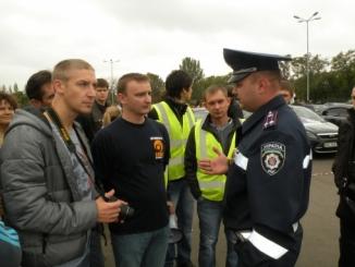 2_v_nikolaeve_proshel_avtoprobeg_v_chest_dnya_rabotnika_avtomobilnogo_transporta