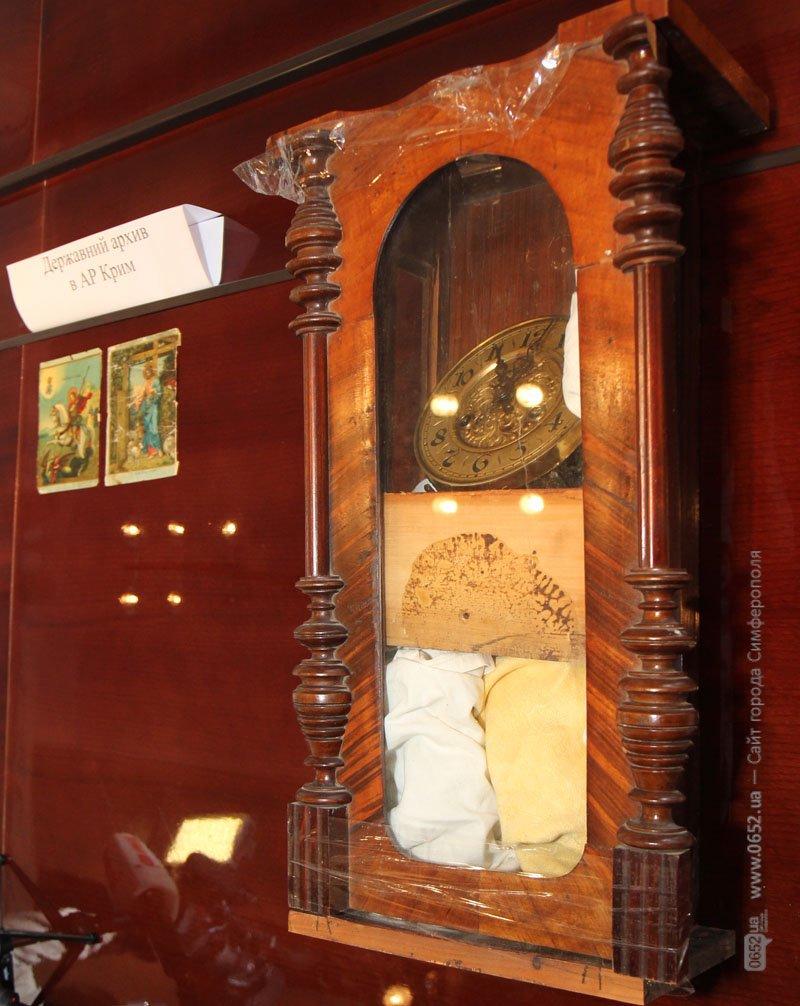 Таможенники подарили крымским музеям полсотни раритетов (фото), фото-3