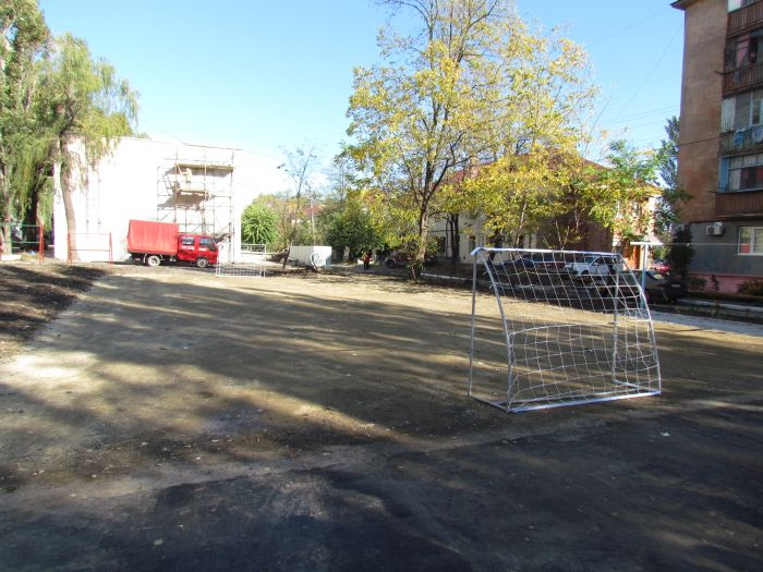 Сезон открытий продолжается! В Мариуполе тожественно представили уникальный спортивный двор (ФОТО), фото-5