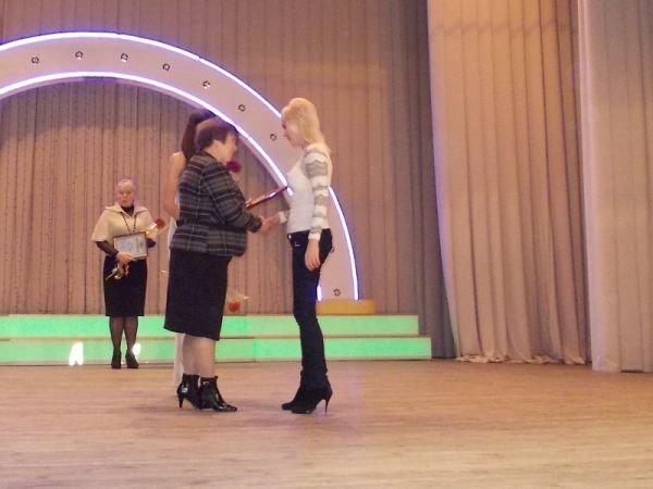 Артемовские соцработники принимали поздравления и благодарности, фото-2