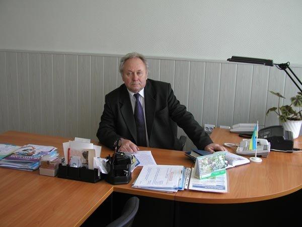 В Кременчуге установят мемориальную доску бывшему директору медицинского колледжа Владимиру Литвиненко, фото-1
