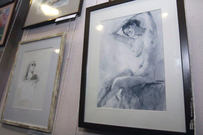 В Симферополе стартовала IX биеннале камерной акварели: среди посетителей разыграют одну из картин (фото), фото-2