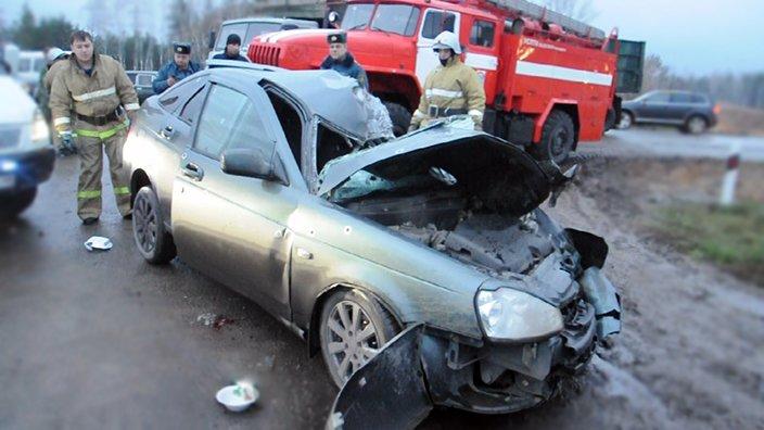 В Липецке на Грязинской трассе погиб человек: легковушку сбил «КамАЗ», фото-1