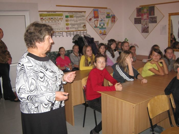 В Мариуполе студенты учили школьников правоведению (ФОТО), фото-1