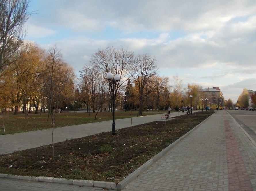 Праздничное настроение в Артемовске поможет создать новогодняя иллюминация, фото-1