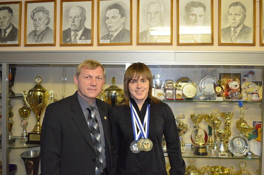 В Чебоксарах наградили чемпионку мира по тяжелой атлетике (ВИДЕО, ФОТО), фото-1