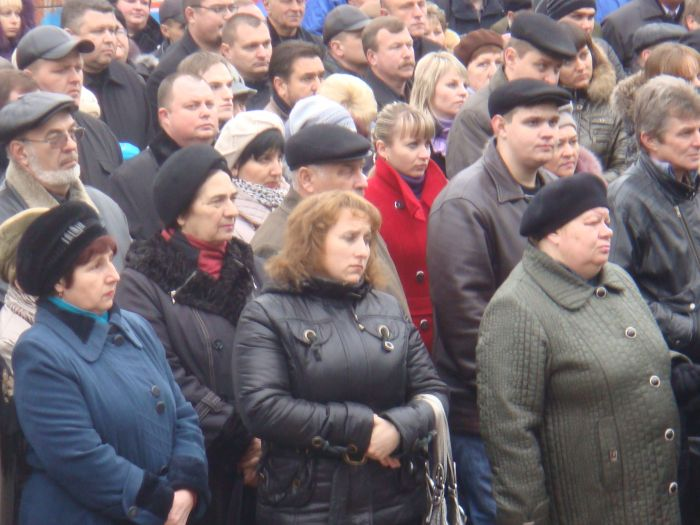 Мариуполь прощается с Александром Владимировичем Савчуком (ФОТО), фото-3