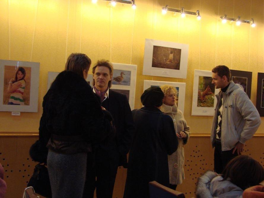 Артемовск в объективе фотохудожников: монтаж веков, романтические портреты и абстракции, фото-8