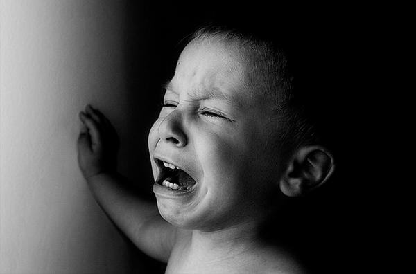плачущий-ребенок