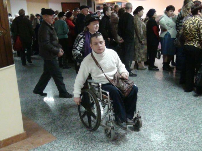 В Мариуполе наградили людей с ограниченными физическими возможностями (ФОТО), фото-2