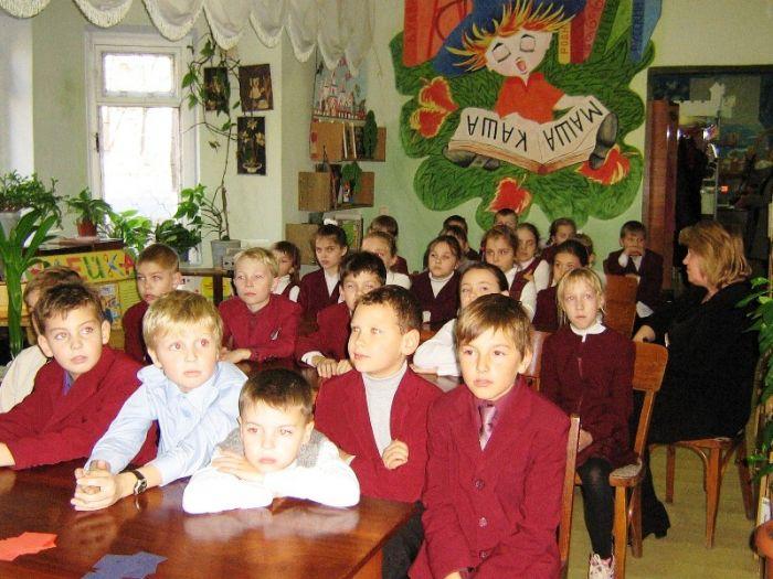 В Мариуполе наградили самого читающего третьеклассника (ФОТО), фото-3