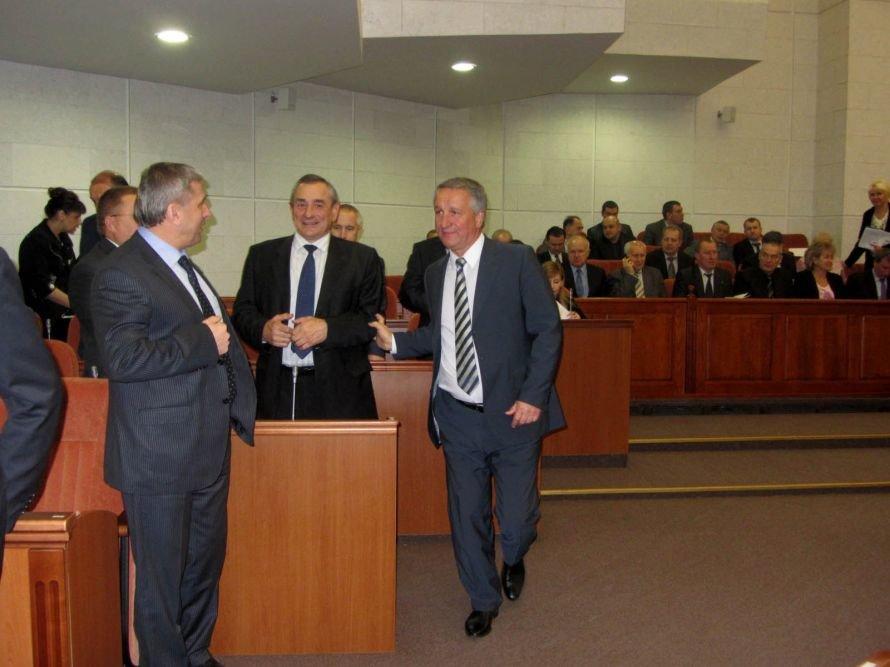 Как днепропетровские депутаты принимали флаг и меняли бюджет (ФОТОРЕПОРТАЖ), фото-6
