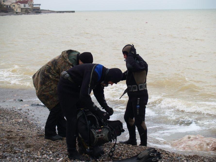 Под Симферополем взорвали морскую мину весом в тонну: эвакуировали 200 человек (добавлены фото), фото-1
