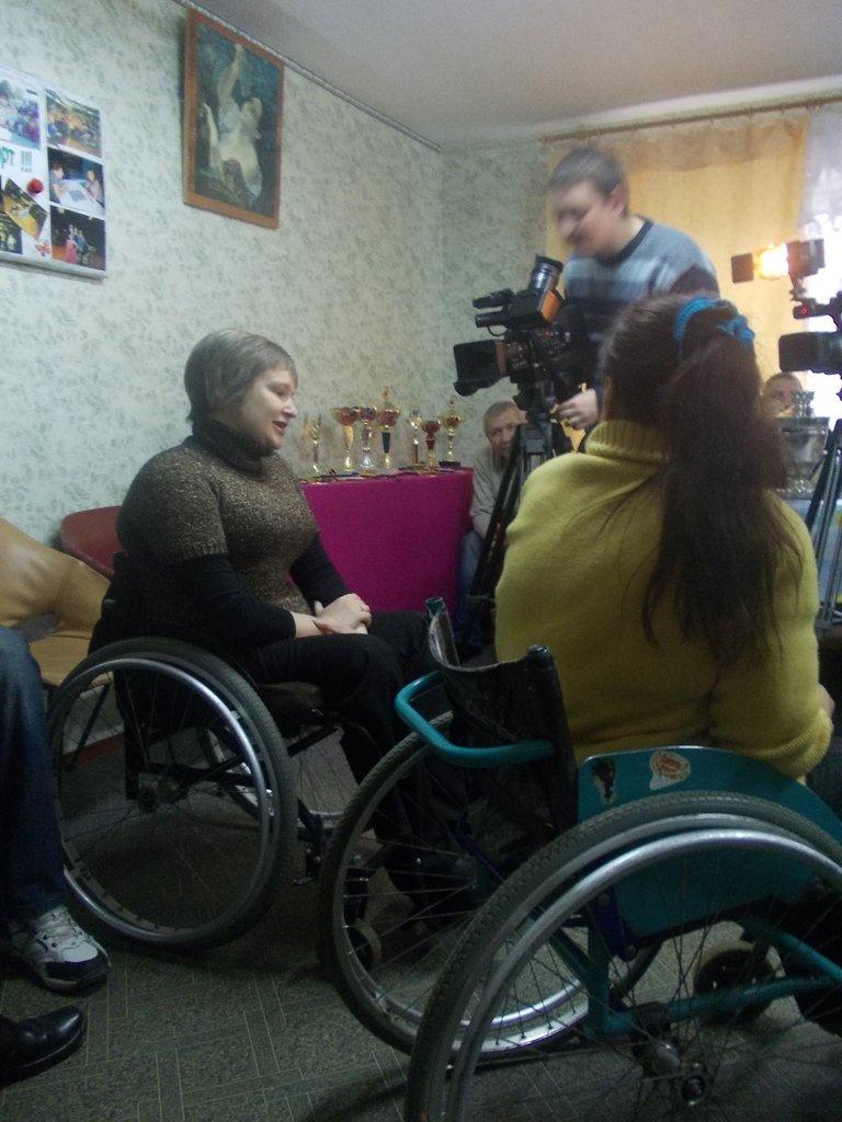 Артемовские инвалиды говорили с мэром о доступности городских объектов, фото-3
