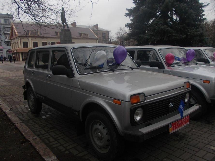 Артемовские амбулатории получили новые машины, фото-1