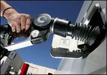 Бензин скоро подешевеет сам по себе?, фото-1
