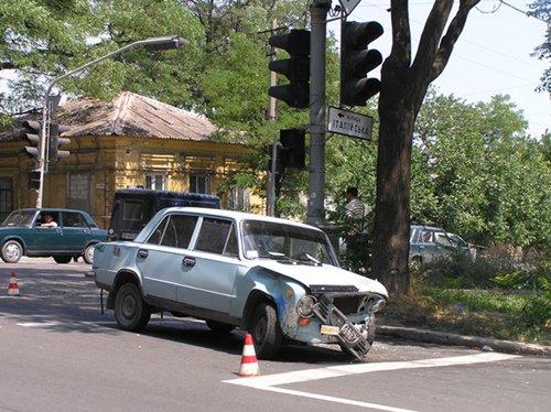 Авария на Артема. Светофор выключен. (фото), фото-1