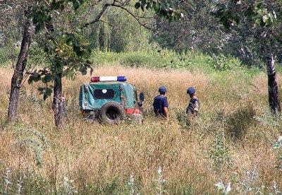 В черте Мариуполя ильичевцы нашли снаряд (фото), фото-1