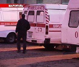 В Мариуполе двое подростков напали на врача скорой помощи, фото-1