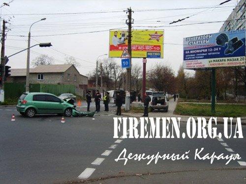 На улице Артема перевернулся микроавтобус (фото), фото-1