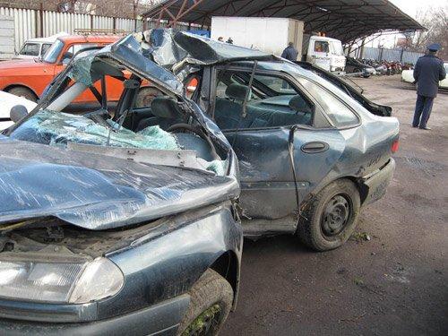 Мариупольская молодежь гибнет в автомобилям, фото-1