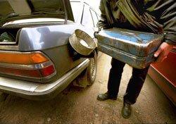 В Мариуполе опять подорожал бензин: из-за нашего высокого уровня жизни?  , фото-1
