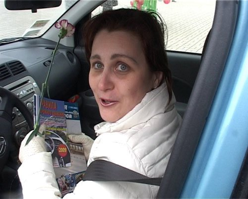 8 Марта ГАИ поздравляла женщин-водителей (ФОТО), фото-1