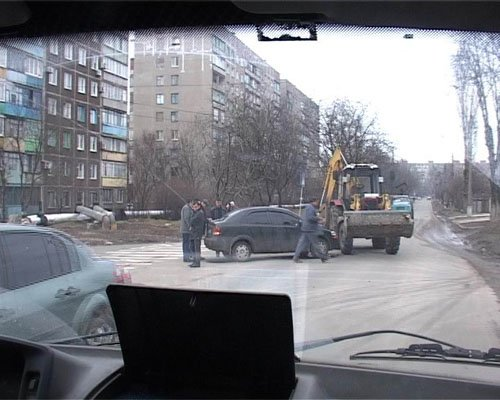 Трактор и Шевроле не прошли по габаритам. (ФОТО)  , фото-1