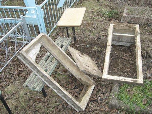 Металлисты разворотили надгробия (ФОТОРЕПОРТАЖ), фото-1