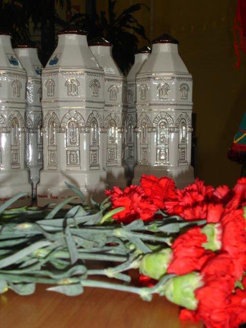 «Мариупольская башня» нашла своих героев (ФОТО), фото-1