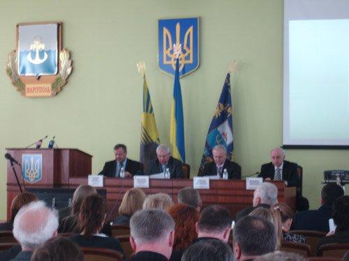 Слева направо: Ю.Хотлубей, В.Логвиненко, А.Близнюк, А.Бандурко